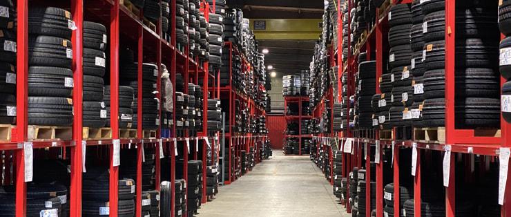 倉庫の室内写真